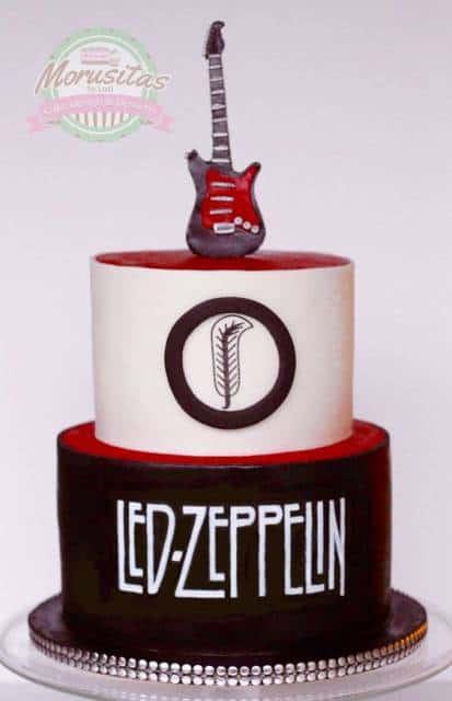 Bolo com a logo da banda Led Zeppelin.