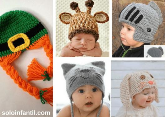 bebês com gorros de animais e personagens