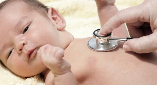 alergia em bebê com tratamento com médico