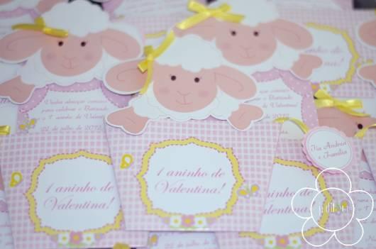 Convite chá de bebê ovelinha com lacinho