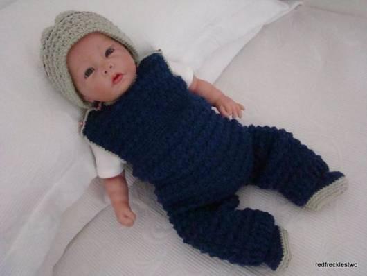 macacão de crochê para bebê com perna longa e sem manga