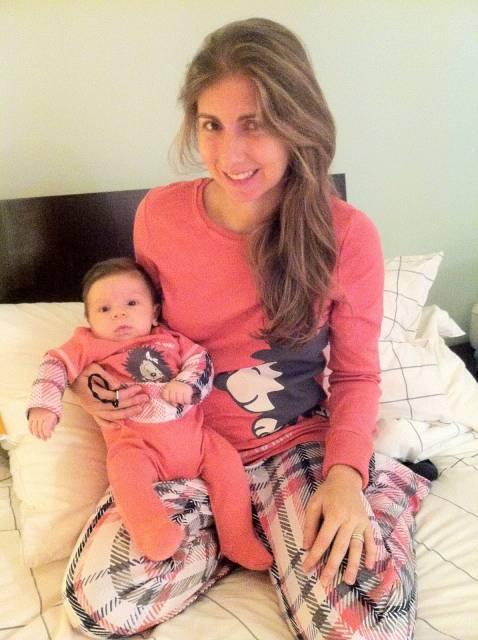 Pijama tal mãe tal filha cor de goiaba