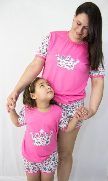 Pijama mãe e filha estampa de coroa