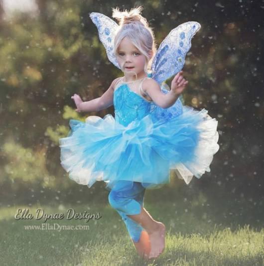 fantasia de fada infantil azul com asinha de glitter