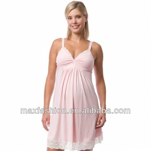 camisola rosa clara com decote