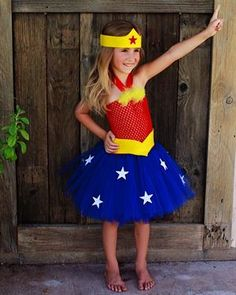Fantasia Mulher Maravilha Infantil com saia curta
