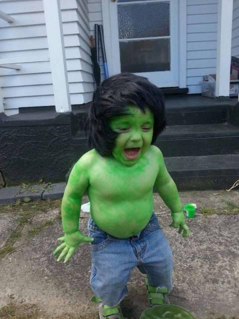 fantasia do Hulk Infantil com calça jeans