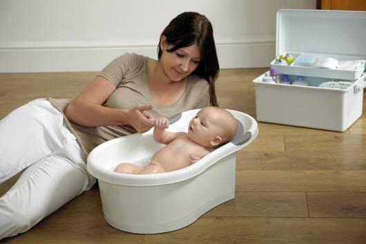 banheira bebê pequeno