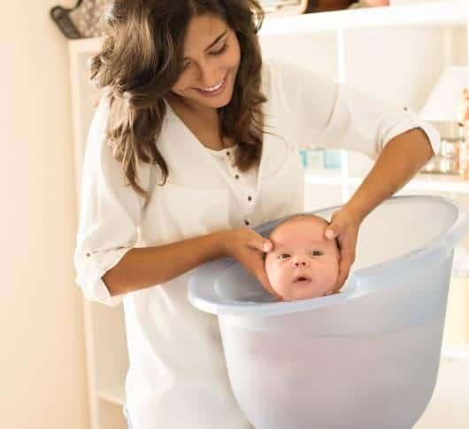 banheira recém nascido