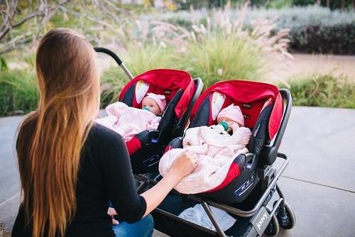 carrinho de bebê para gêmeos com poltrona removível