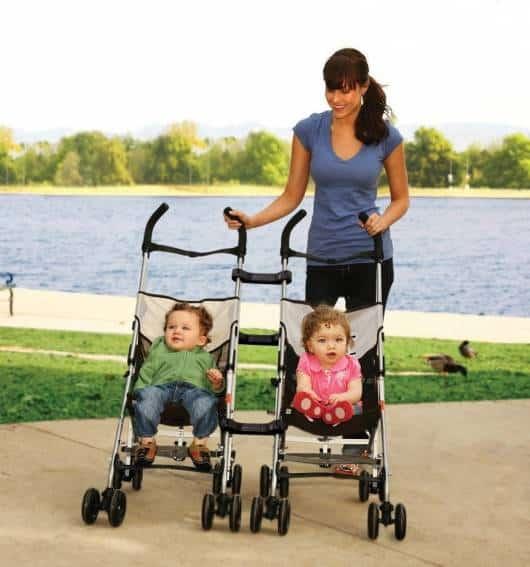 carrinho de bebê para gêmeos tradicional