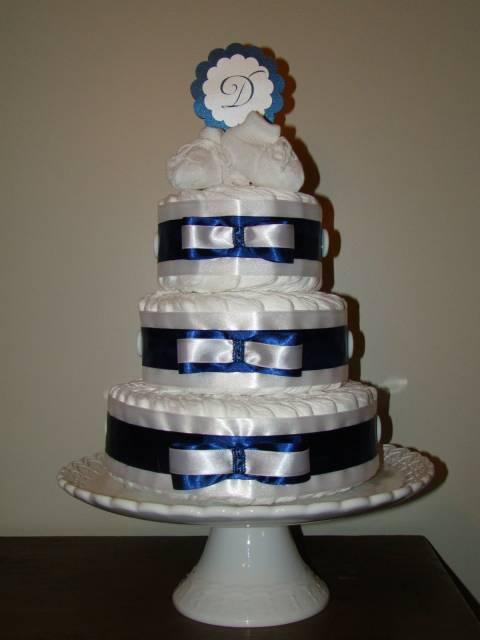 bolo de fraldas azul marinho