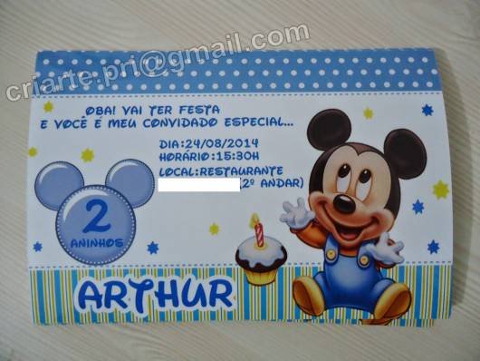 Convite de festa do mickey baby.