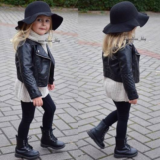 look infantil feminino com jaqueta preta