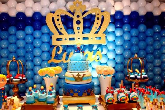 Festa com o tema pequeno príncipe.