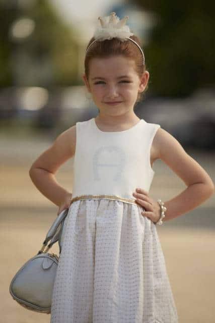 look infantil feminino com vestodo social de diadema