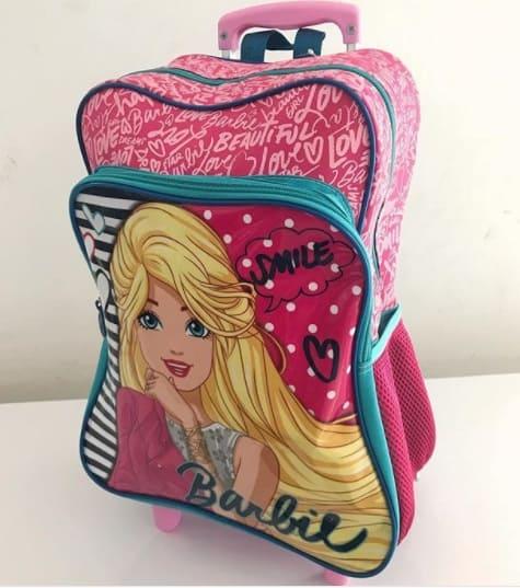mochila de rodinha da Barbie