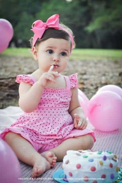 Vestido rosa poá.