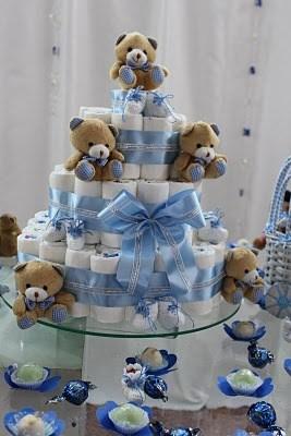 como fazer bolo de fraldas azul