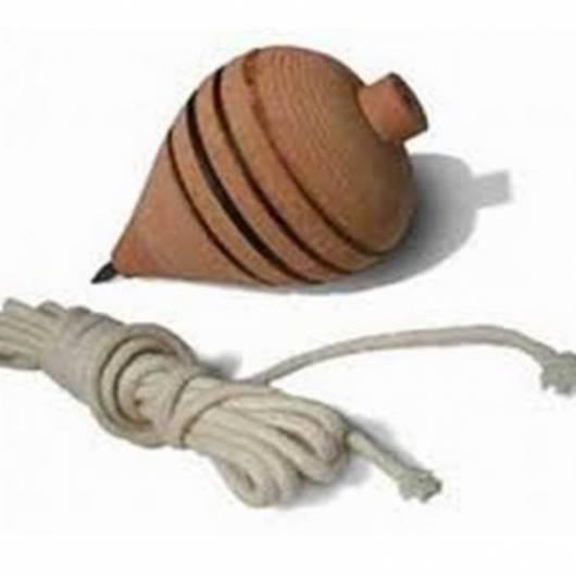 Brinquedos Folclóricos peão