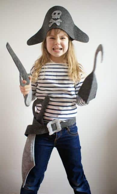 Fantasia de pirata para meninas