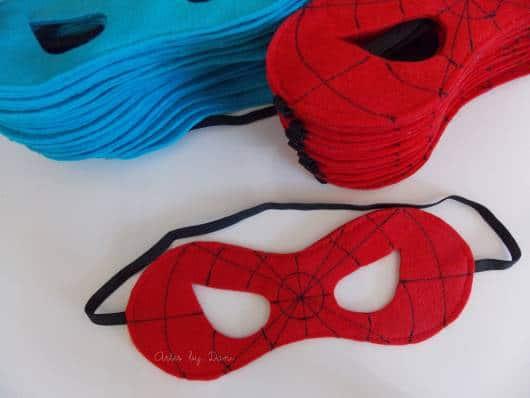 máscara de homem-aranha de feltro
