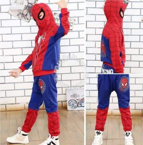 fantasia com máscara de homem-aranha