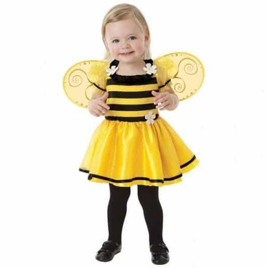 Fantasia de Abelha com asas amarelas