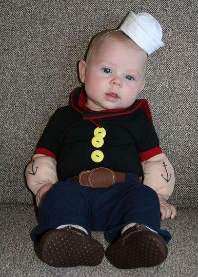 Bebê vestido de Popeye.