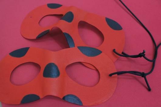 máscara Ladybug de papel cartolina