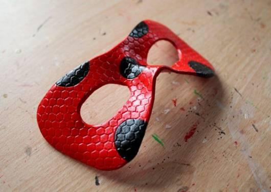 modelos de máscara Ladybug para comprar