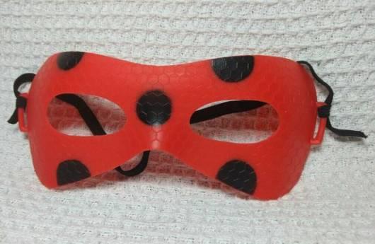 máscara Ladybug de plástico