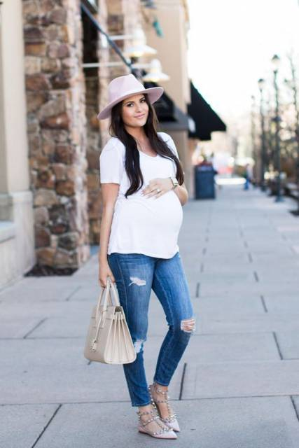 look gestante com calça jeans