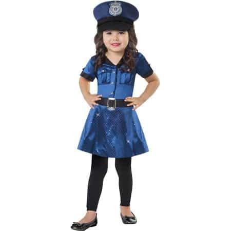 Ideia de fantasia de policial para menina para usar no frio