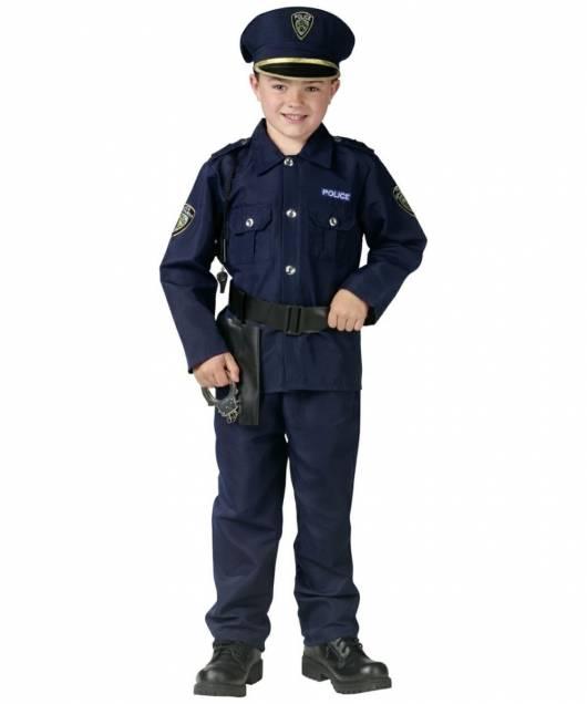 O quepe não pode faltar em uma fantasia de policial