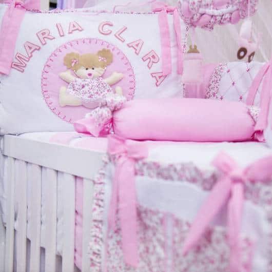Kit berço menina personalizado rosa e branco com nome