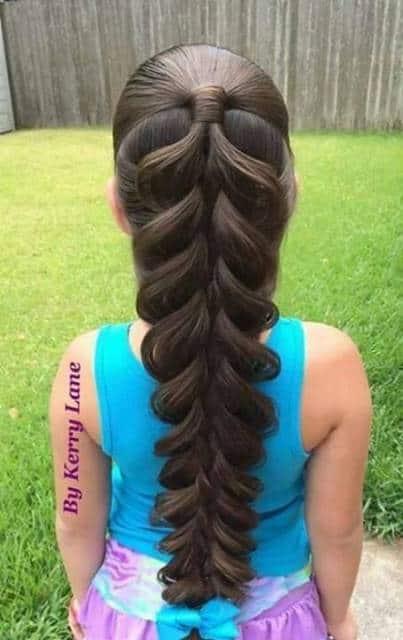 Sugestão de penteado com trança para festas e ocasiões especiais