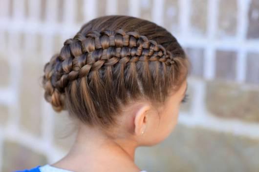Ideia de penteado com trança para festas