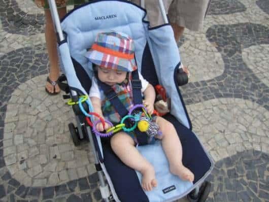 carrinho de bebê masculino lindo