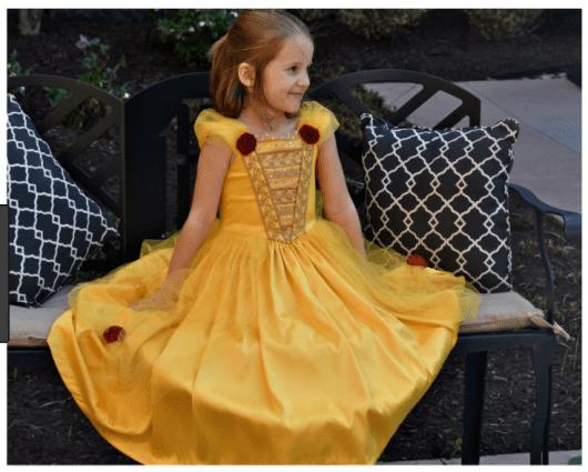 Dica de fantasia da princesa da Bela em tom amarelo ovo