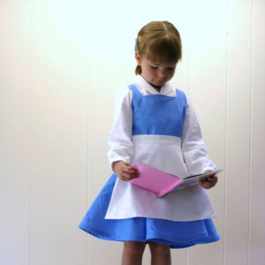 Dica de fantasia azul e branca que combina com a fase inicial da princesa Bela