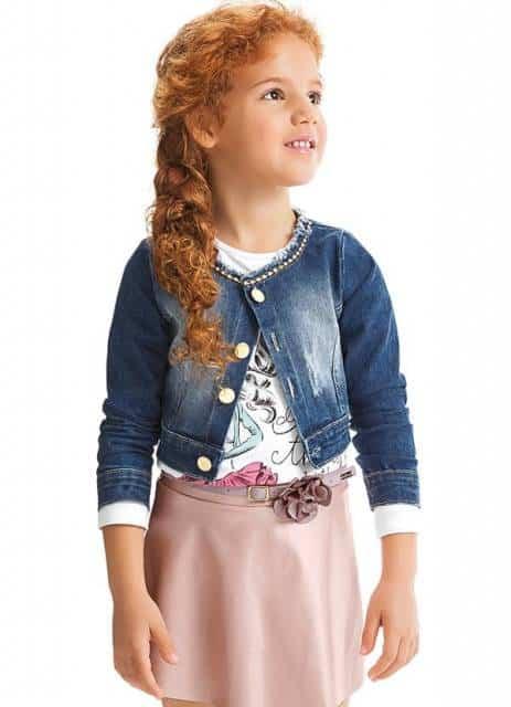 Modelo de jaqueta curta infantil feminina