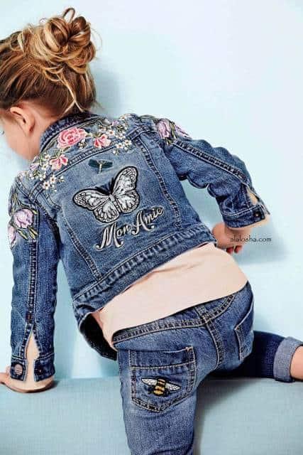 Jaqueta jeans feminina infantil customizada com bordado