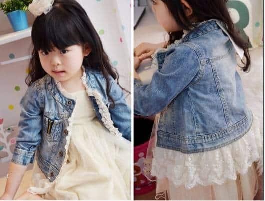Jaqueta jeans linda com aplique de renda para meninas
