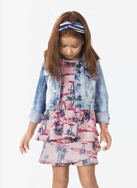 Dica de look meia estação com jaqueta jeans infantil feminina