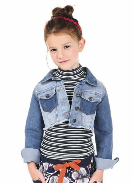 Jaqueta jeans curta pra look infantil moderno