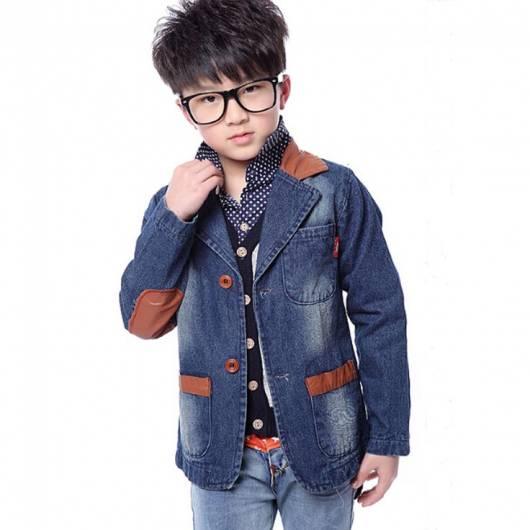 Jaqueta jeans masculina infantil com detalhes de couro