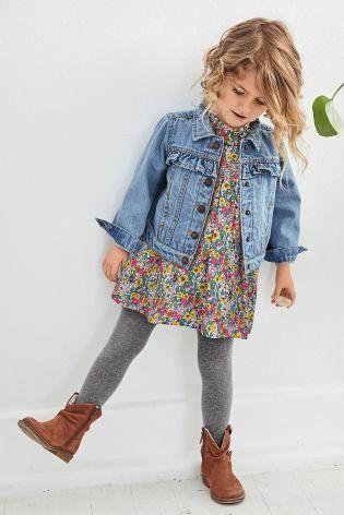 Ideia de look de inverno com jaqueta infantil