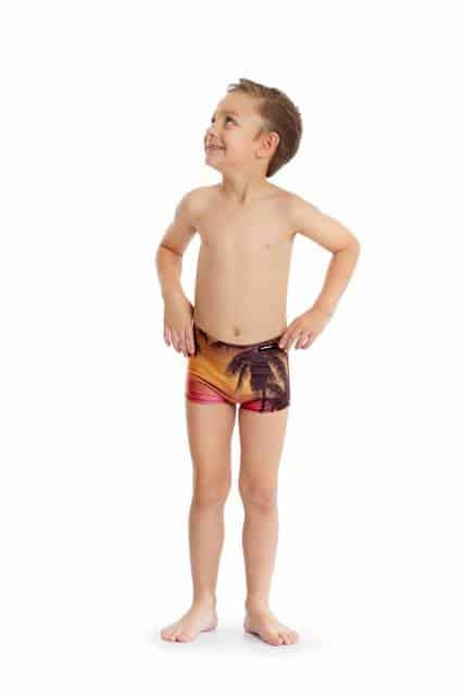 Sunga short infantil com estampa praiana