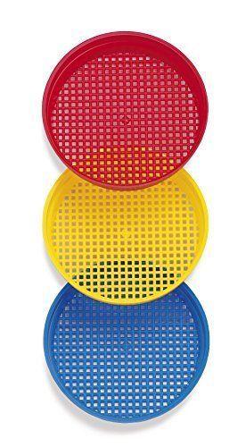 Peneiras azul, amarela e vermelha.